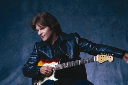 JOHN FOGERTY Brings CREEDENCE CLEARWATER Back Live!