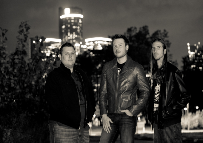 Mike Leslie Band: A Modern Rock Trio With A Rear View Mirror!