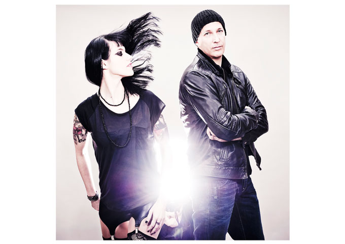 """JUNKSISTA: """"BAD CASE OF FABULOUS"""" Sexual and Provocative Electro-Dance"""