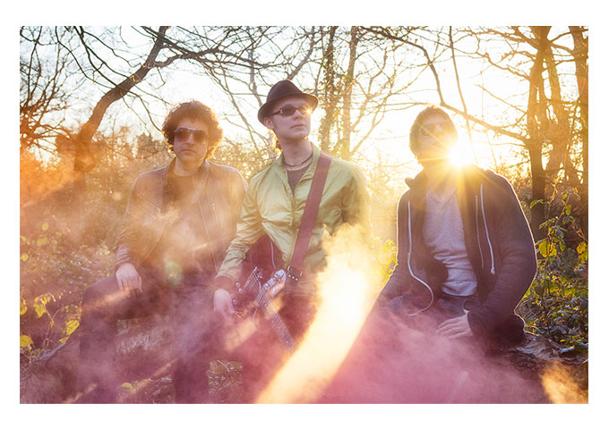 """Plastic Barricades: """"Masterminds"""" Shows a Band Very Comfortable With Their Abilities"""
