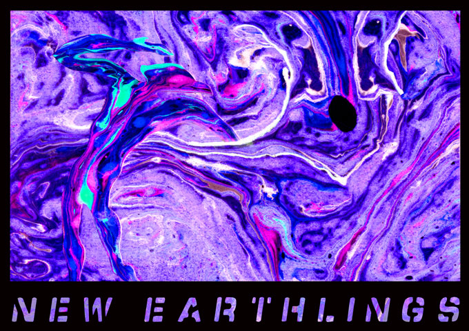 New Earthlings combine the best in classic rock with everything from psychedelic tunes to pure rockers.