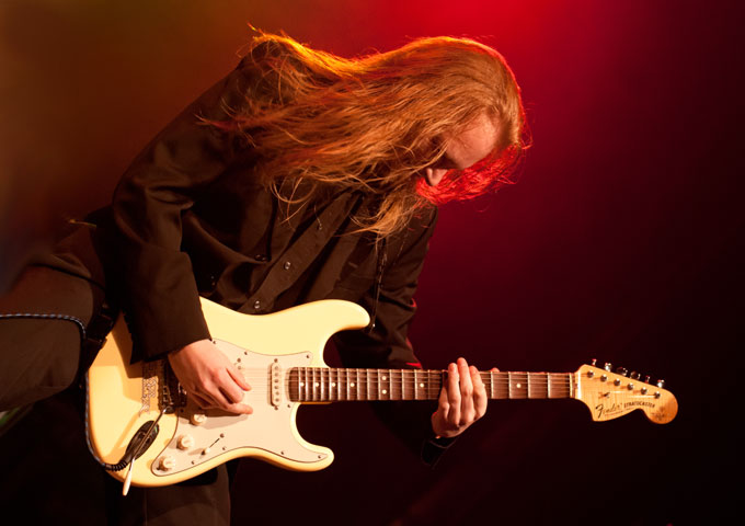"Elmo Karjalainen: ""The Free Guitar Album"" delivers hard-rocking riffs and wicked tones!"