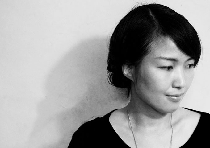 "Kaori Åström: ""Songs for Airports"" gives flying and airports an almost elevated spiritual sensitiveness"