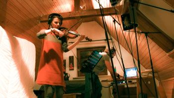 Recording the violin in the Attic: BC Bogey with Justyna Mertin