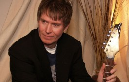 Radio Drive aka Kevin Gullickson is one of those musicians that you can't help but notice!