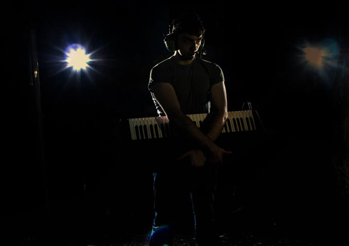 """An Electronic Hero: """"Isoipstar"""" – a beautiful blend of electronic instruments, soulful vocals and organic vibes"""