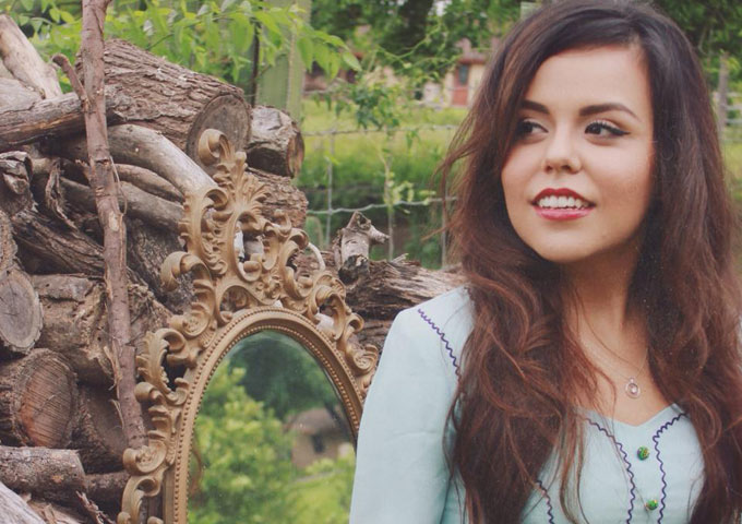 Interview: Deep South Texas Country Artist Madelyn Victoria