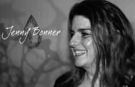 "Jenny Bonner: ""Moments"" – enchants and entertains me in a majestic way"
