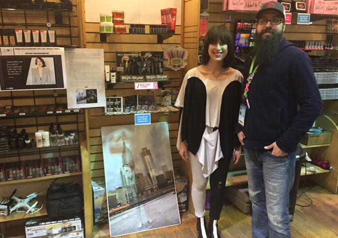 "Janna Pelle: ""Favorite Customer"" is impressively haunting!"
