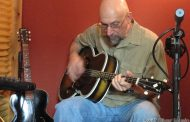 """Andy May: """"Room for Roots"""" – grabs listeners with small-town stories and sharply cut images"""
