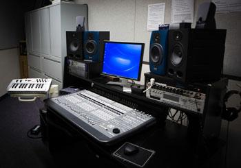 The Kenny Mac workplace ( Photos by Elani Chan)