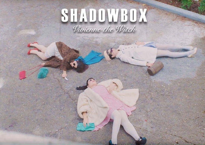 """Vivienne the Witch: """"Shadowbox"""" is pretty yet powerful, emotional and cathartic!"""