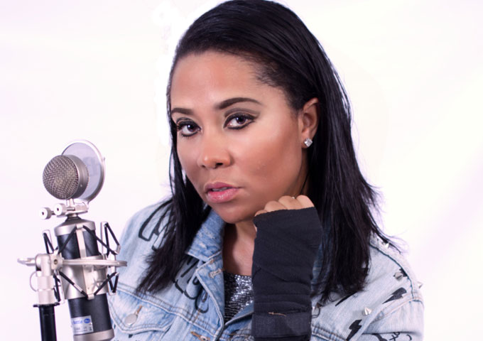 """Monique Defrance: """"Wild Ones"""" ft. Vee Tha Rula carves out an hypnotic groove!"""