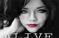 """Julian Kelly: """"Alive"""" – a sophisticated lyrical expression"""