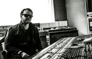 """Colombian Producer ALECARD Discusses The Acoustic Version Of """"You Were The Fire"""" ft. Makoto"""