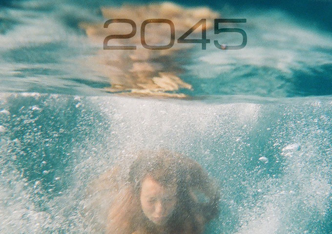 Toni Castells: 2045: The Year Man Becomes Immortal?– a spectacular integration of classical music and electronic elements