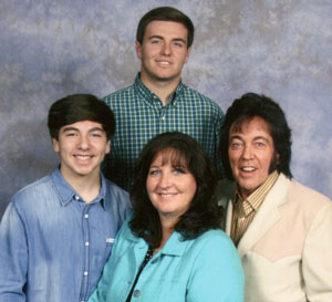The Fam: sons Carl, Donny Jr (top), wife Doris, Donny