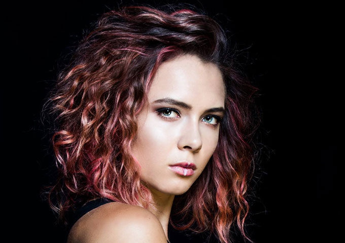 "Kaeyra: ""Fountains of Gold"" – the sound of an artist who is beginning to go places!"