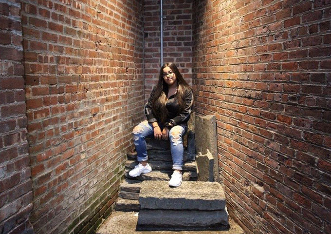 "Long Island Native and Singer Alyssa Colón to Release ""I'm Gucci"""