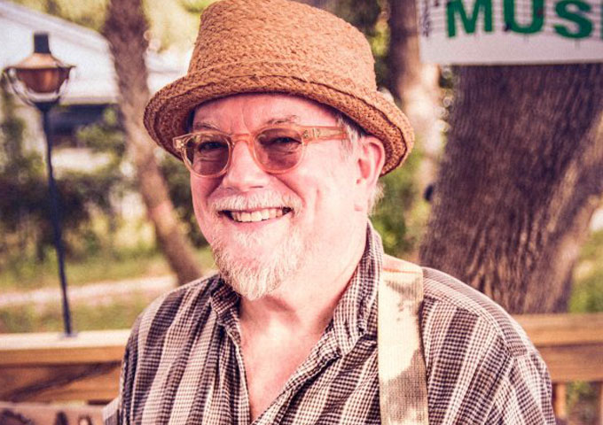 """David T Dunn: """"Catch That Train"""" – charming, sturdy and well put together"""