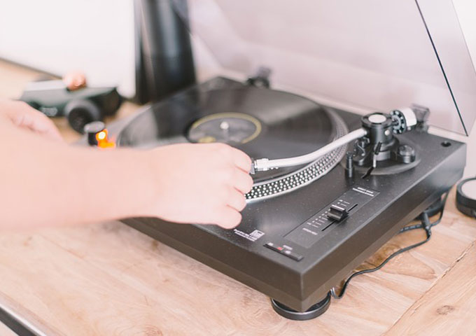 5 Tips to Maintain Vinyl Records