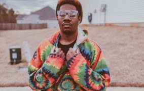 """LATENIGHTJACE – """"3000 Miles Away"""" taps into the artist's deeper creative recesses"""