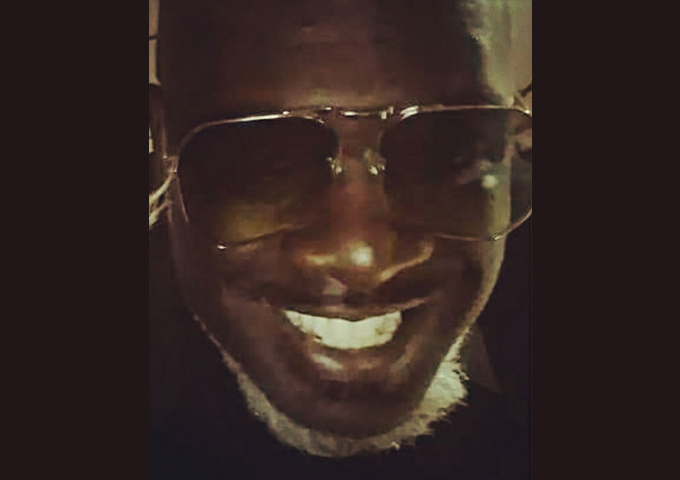 "Derrick Thomas Jr aka D Suave is currently working on his new CD titled ""D SUAVE The BEGINNING"""
