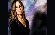 """""""Bear With Me"""" – Tracey Coryell is finding an even deeper musical path"""