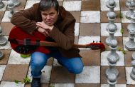 INTERVIEW: Singer-Songwriter and Multi-Instrumentalist Tom Tikka