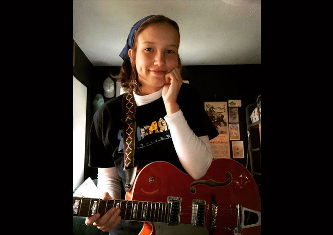 """Lucy Lowis – """"Seventh Cycle Soul"""" – a compelling singer-songwriter"""
